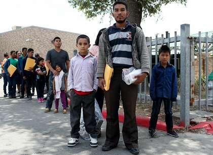 Immigrant advocates ask judge for nationwide policy for asylum-seekers