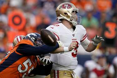 b42224bf 49ers punter Mitch Wishnowsky absolutely leveled a Broncos returner ...
