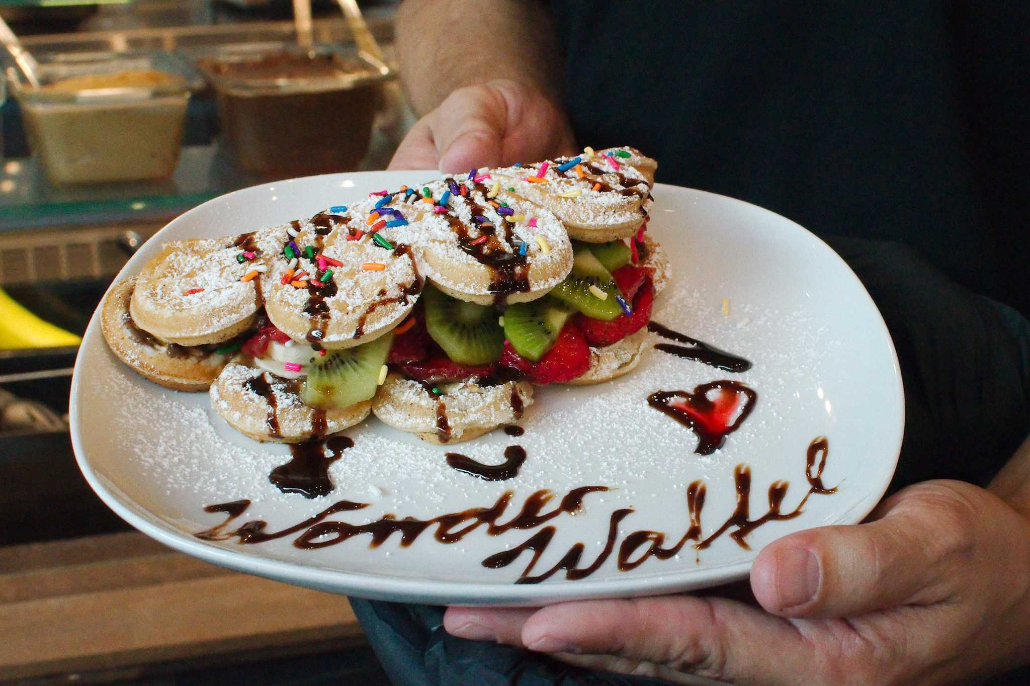 Baybrook Wonderwaffel specializes in sweet grid-marked treats
