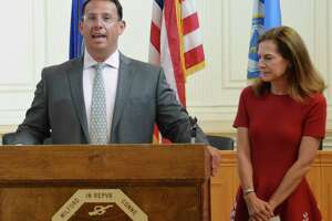 Mayor Ben Blake andLt. Governor SusanBysiewicz joined others at Milford City Hall on Aug. 20 to talk about the 2020 census.
