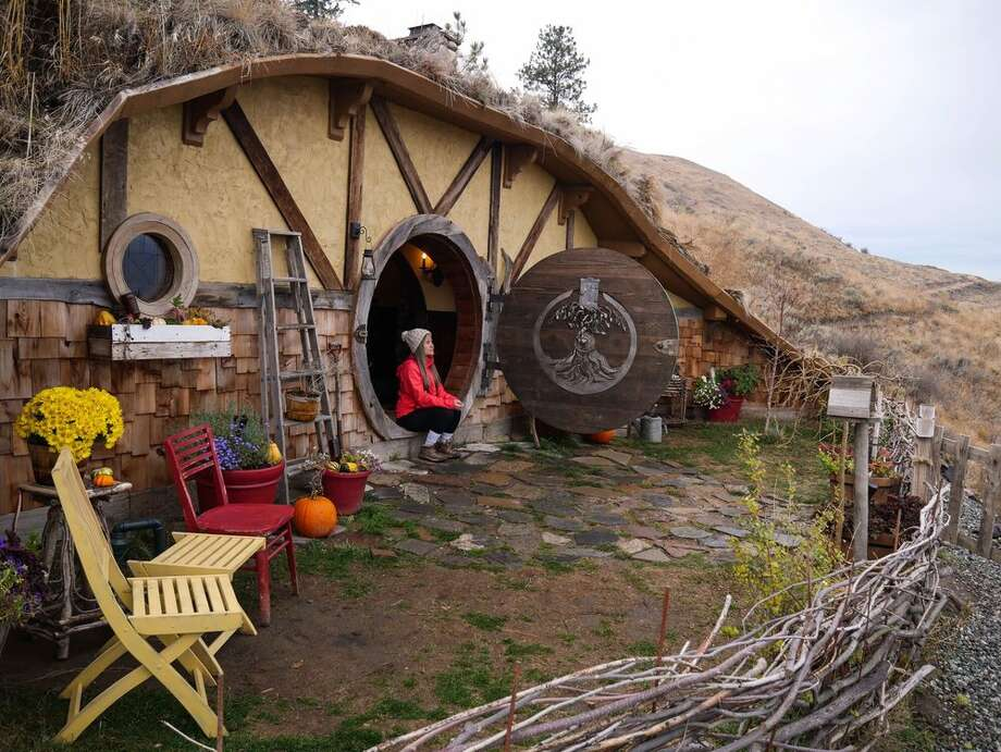Hobbit Inn, Douglas County: For $400 a night via AirBnB, duck your head under the circular door frame, and sleep within the underground hygge amid the Columbia River Gorge mountainside. Keep clicking for more wacky attractions in Washington. Photo: Bao-Yen T Via Yelp