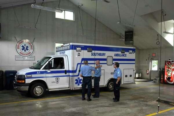 Southbury first selectman argues ambulance loss affecting