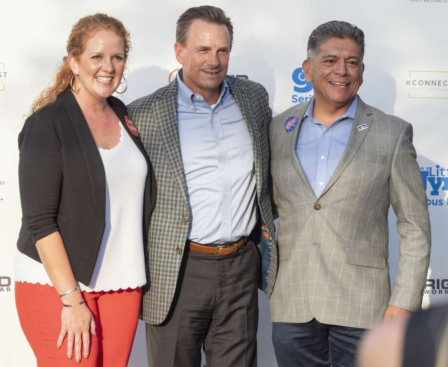 Mayoral candidates Jenny Cudd and Patrick Payton greet Midlanders with Mayor Jerry Morales 08/20/19 before a mayoral question and answer outside Mulberry Cafe. Tim Fischer/Reporter-Telegram Photo: Tim Fischer/Midland Reporter-Telegram