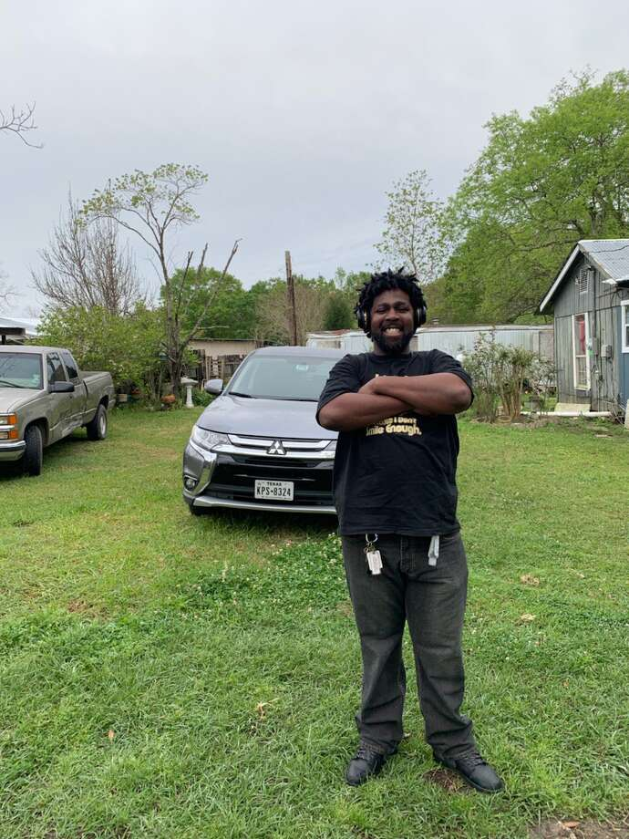 Carlvon Mayo, 35, was killed Friday night at an apartment complex at 5901 Selinsky Road after police say he threatened them with a weapon. Photo: Courtesy