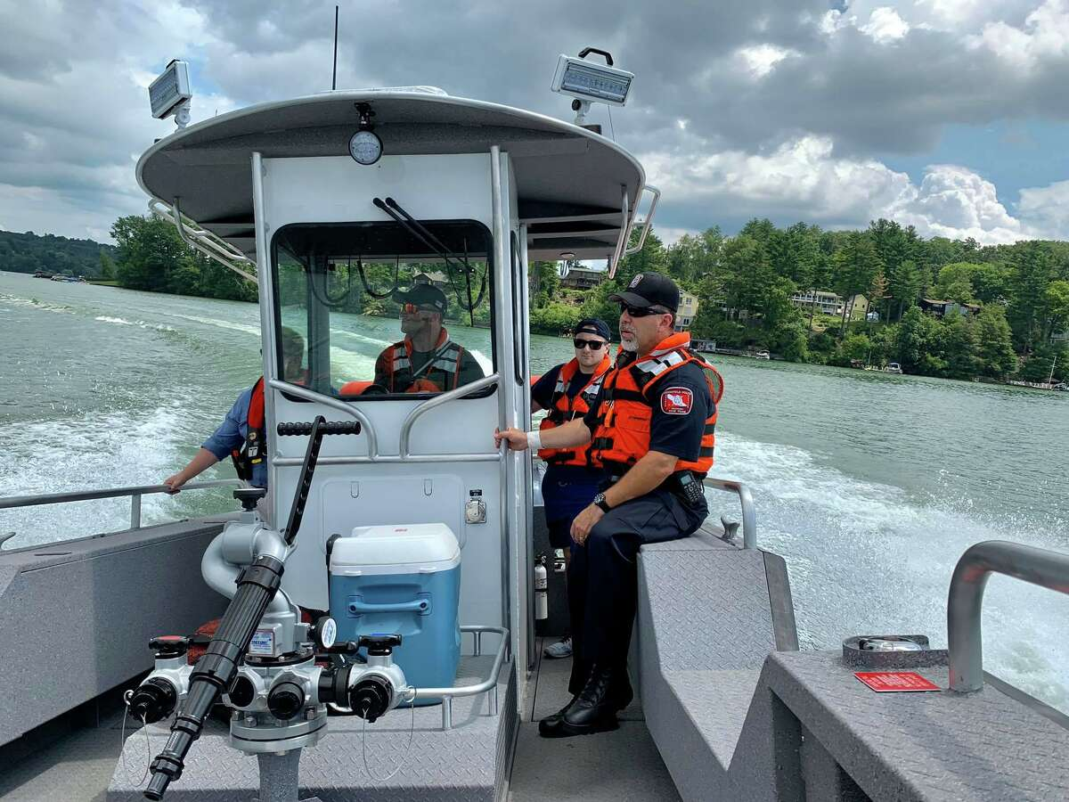 The Brookfield Volunteer Fire Department Candlewood Company's new fire/rescue boat went into service on Monday. The boat was built in Superior Wisconsin by Lake Assault Boats. The boat is powered by dual 200 Yamaha motors that are controlled with the Seastar Optimus 360-degree Joystick control system. This system allows the engines to operate independently to provide fine low-speed controlled movements to the vessel for better maneuverability and precision.