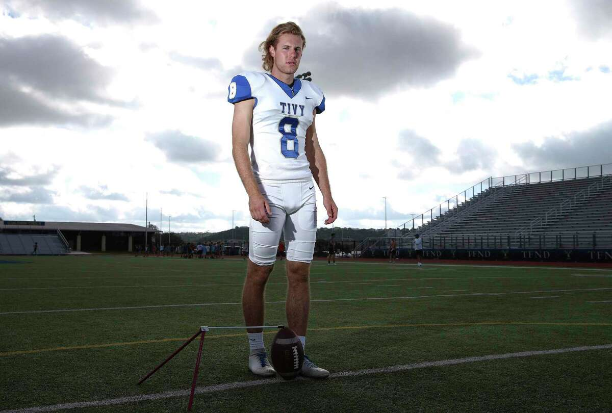 Portraits of Jared Zirkel for high school preview profile. Zirkel is one of the country's top kickers and is committed to Georgia. (Kin Man Hui/San Antonio Express-News)