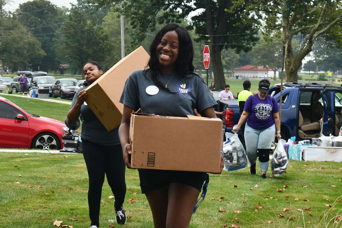 Move-in days at the University of Bridgeport took place August 21-25, 2019. Students returned to campus for the 2019-20 school year with dorm essentials on-hand. Were you SEEN moving in on August 21?