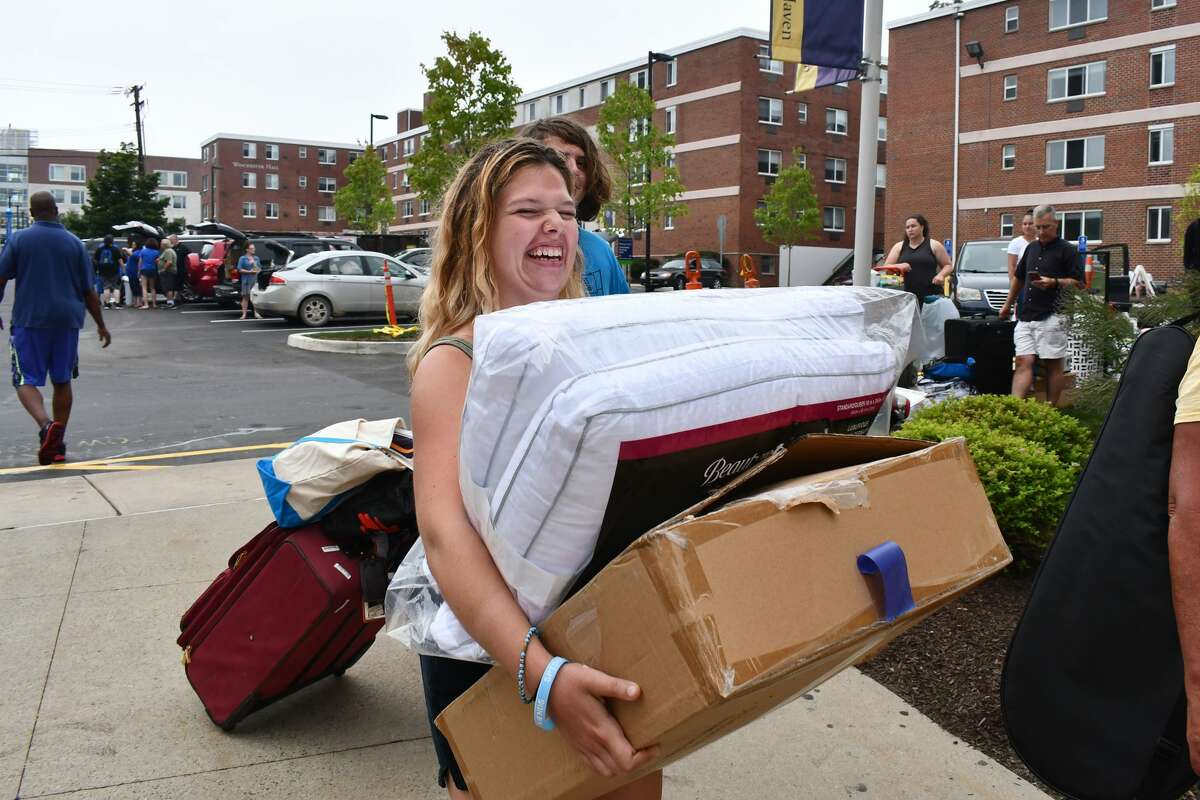 Move-in days at the University of New Haven took place August 21-25, 2019. Students returned to campus for the 2019-20 school year with dorm essentials on-hand. Were you SEEN moving in on August 21?