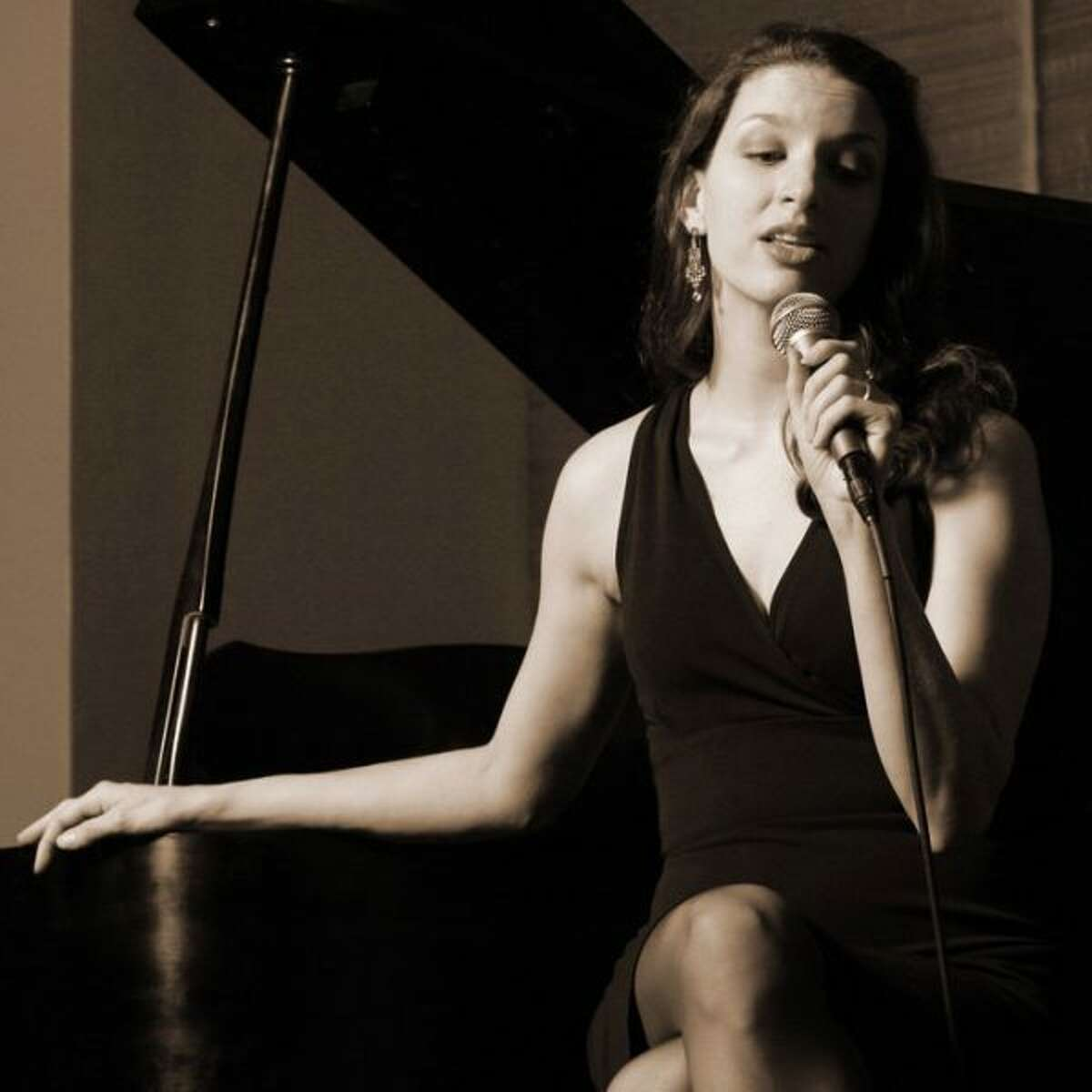 The Manistee Shoreline Showcase presents Petra van Nuis with Paul Kellers Midwest Swingers. (Courtesy Photo)