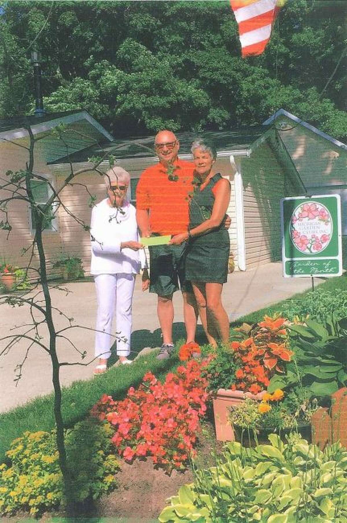 Bill and Judy Kuiper, of Bear Lake, were recognized for the Garden of the Month by the Spirit of the Woods Garden Club Inc. (Courtesy photo)