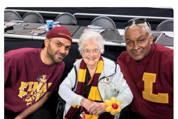 Loyola University's Sister Jean Dolores Shmidt turned 100 Wednesday and got a shoutout from former Spur Tony Parker.