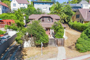 This 1920s Craftsman in Claremont for $799K is a spectacular fixer opportunity