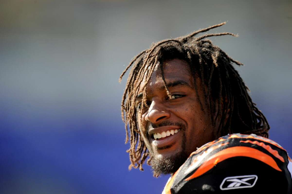 BALTIMORE - OCTOBER 11: Cedric Benson #32 of the Cincinnati Bengals looks on before a game against the Baltimore Ravens at M&T Bank Stadium on October 11, 2009 in Baltimore, Maryland. The Bengals defeated the Ravens 17-14. (Photo by Rob Tringali/Sportschrome/Getty Images)
