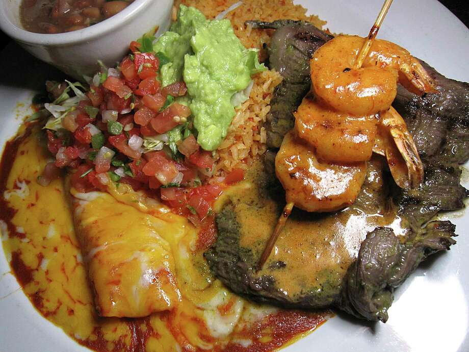 Review: Aldaco\'s Mexican Cuisine restaurant is mid-level Mexican ...