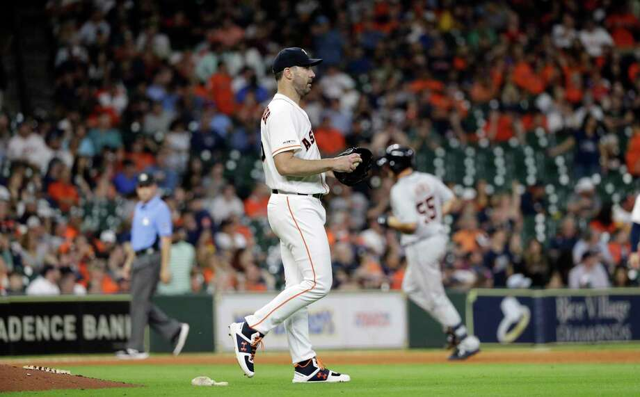 PHOTOS: More from Astros' 2-1 loss to Tigers on Wednesday night