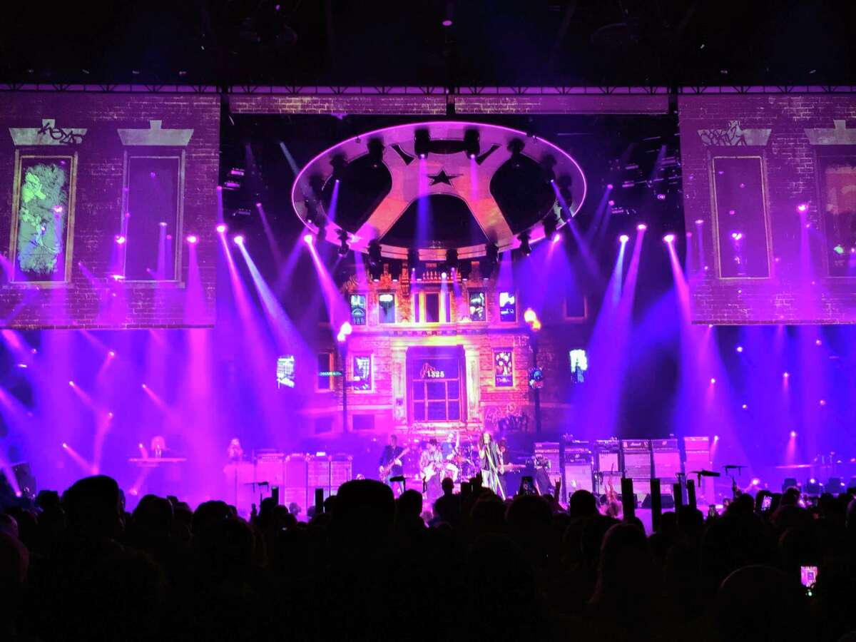 Front and back video screens along with various lighting effects add to the show's flash.