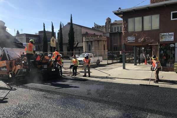Oakland kicks off 'Great Pave' with fresh asphalt for Fruitvale side street