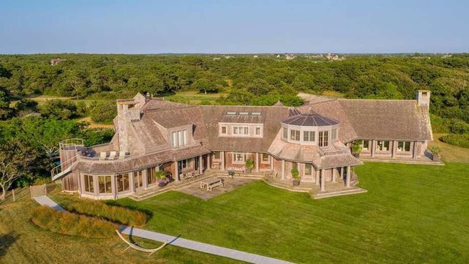 Barack and Michelle Obama are reportedly in escrow on this Martha's Vineyard estate. Photo: Realtor.com