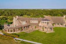 Barack and Michelle Obama are reportedly in escrow on this Martha's Vineyard estate.