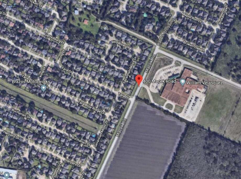 16-year-old was shot just before 3 p.m. in the 400 block of Macek Road next to Velasquez Elementary School. Photo: Google Maps