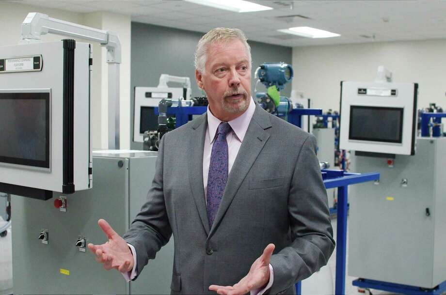Jim Griffin, San Jacinto College's associate vice chancellor and senior vice president of the Center for Petrochemical, Energy and Technology, describes the new facility. Photo: Kirk Sides / Staff Photographer / © 2019 Kirk Sides / Houston Chronicle