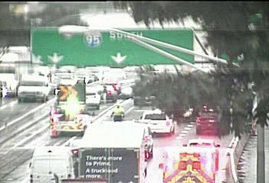 Motorcycle accident caused heavy I-95 delays - Connecticut Post