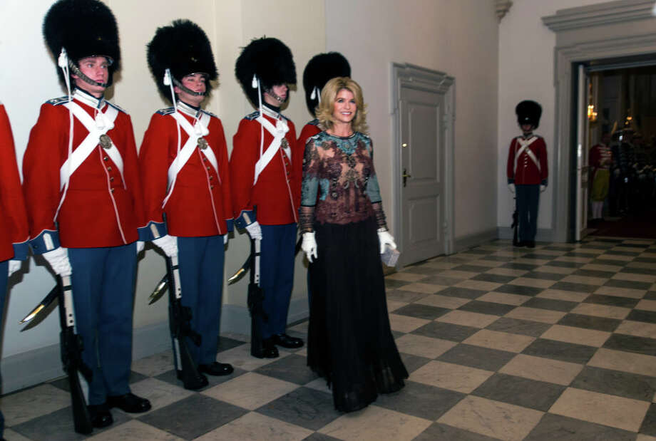 Newly appointed ambassador to Denmark and former actress Carla Sands arrives at the Traditional New Year's Banquet for foreign diplomats hosted by Queen Margrethe of Denmark at Christiansborg Palace on January 3, 2018 in Copenhagen, Denmark. Photo: Ole Jensen/Corbis Via Getty Images / 2018 Ole Jensen - Corbis