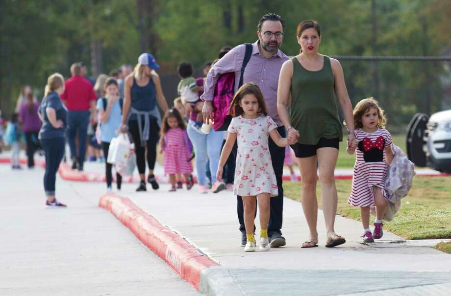on the first day of school for Conroe ISD at Suchma Elementary, Wednesday, Aug. 14, 2019, in Conroe. Photo: Jason Fochtman, Houston Chronicle / Staff Photographer / Houston Chronicle