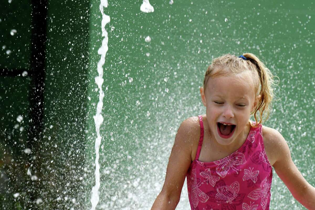 Starting Wednesday, the Capital Region will be hit with a heat wave that is expected to hit the region with a mix of temperatures in the 90s and high humidity. Finding places to cool off will be important, meteorologists say.(Will Waldron/Times Union)