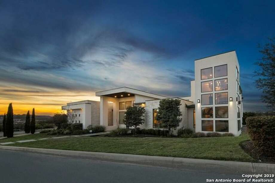 Contemporary homes trend across Northwest San Antonio - Photo