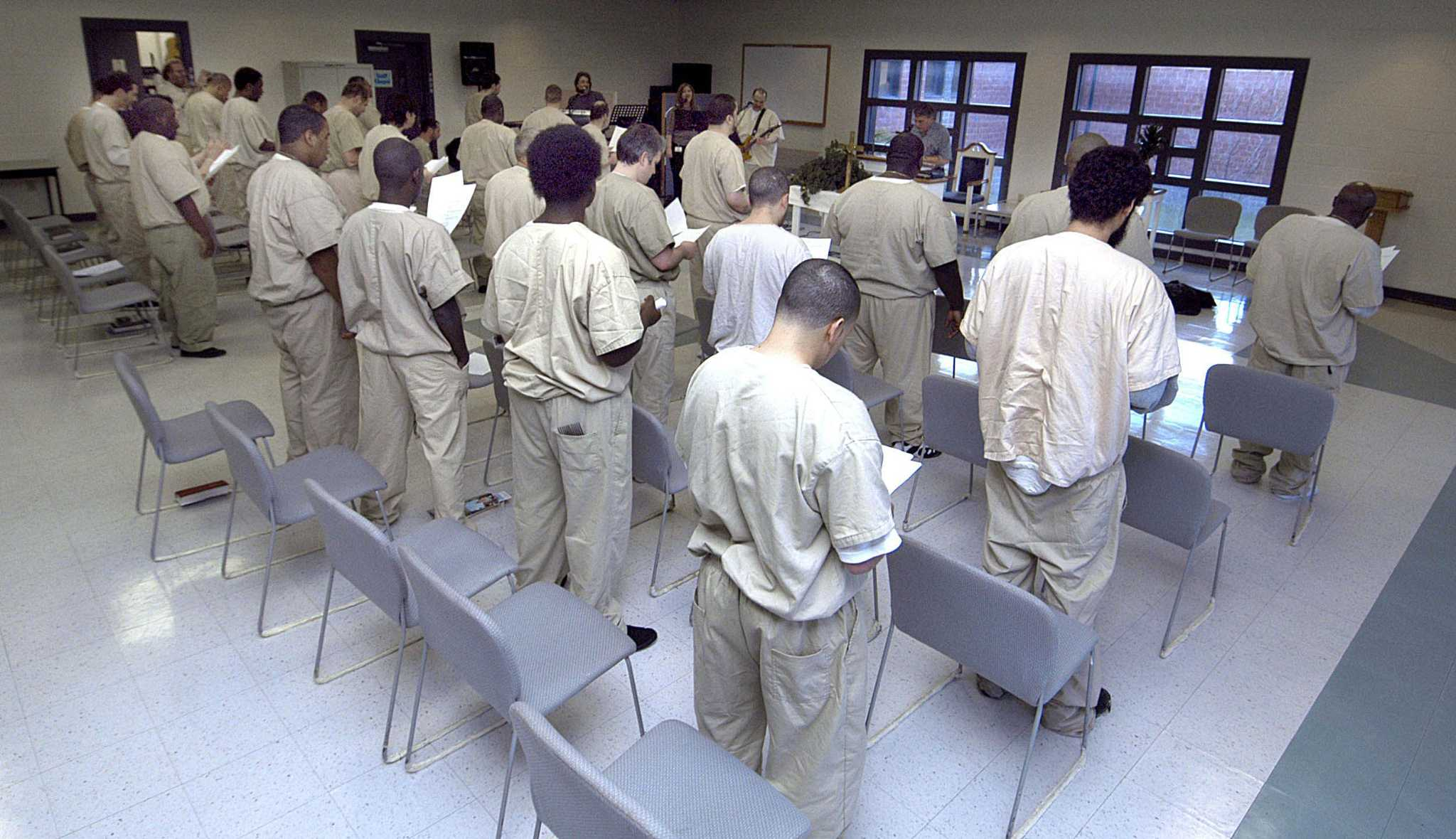 CT on par with nation in prison suicides but not part of rising trend