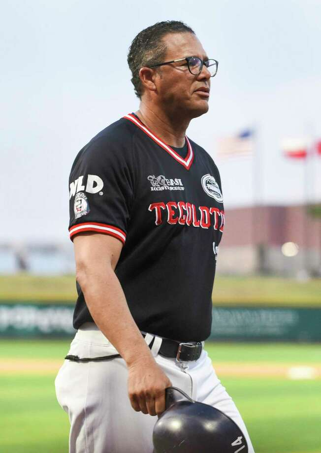Rafael Rijo led the Tecolotes to a 2-1 win over the Acereros at Uni-Trade Stadium Friday in his first game as the manager. Photo: Danny Zaragoza / Laredo Morning Times