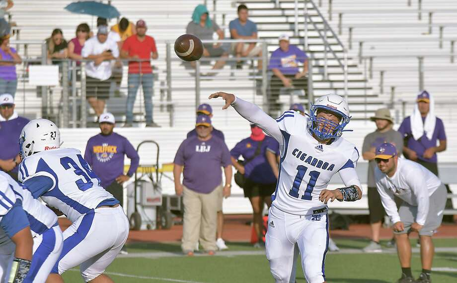 Junior Hector Solis will be Cigarroa's starting quarterback when the team opens the season next Thursday against Zapata. Photo: Cuate Santos /Laredo Morning Times / Laredo Morning Times