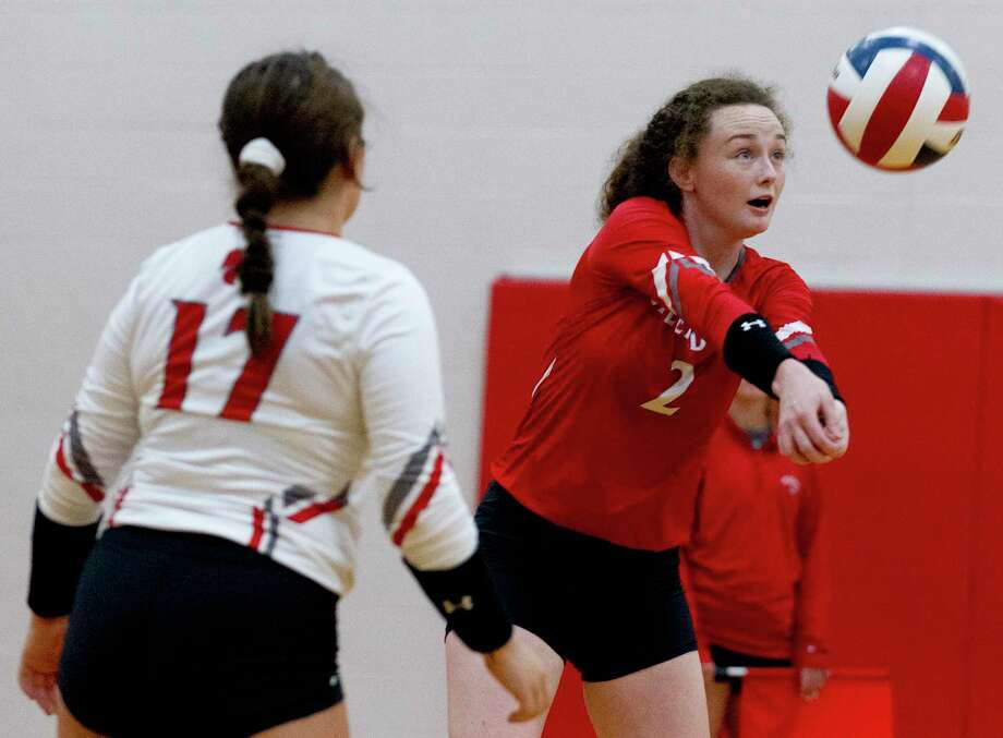 Splendora right side hitter Falon Buford (2) returns a serve in the second set of a match during the Splendora tournament at Splendora High School, Saturday, Aug. 24, 2019, in Splendora. Photo: Jason Fochtman, Houston Chronicle / Staff Photographer / Houston Chronicle