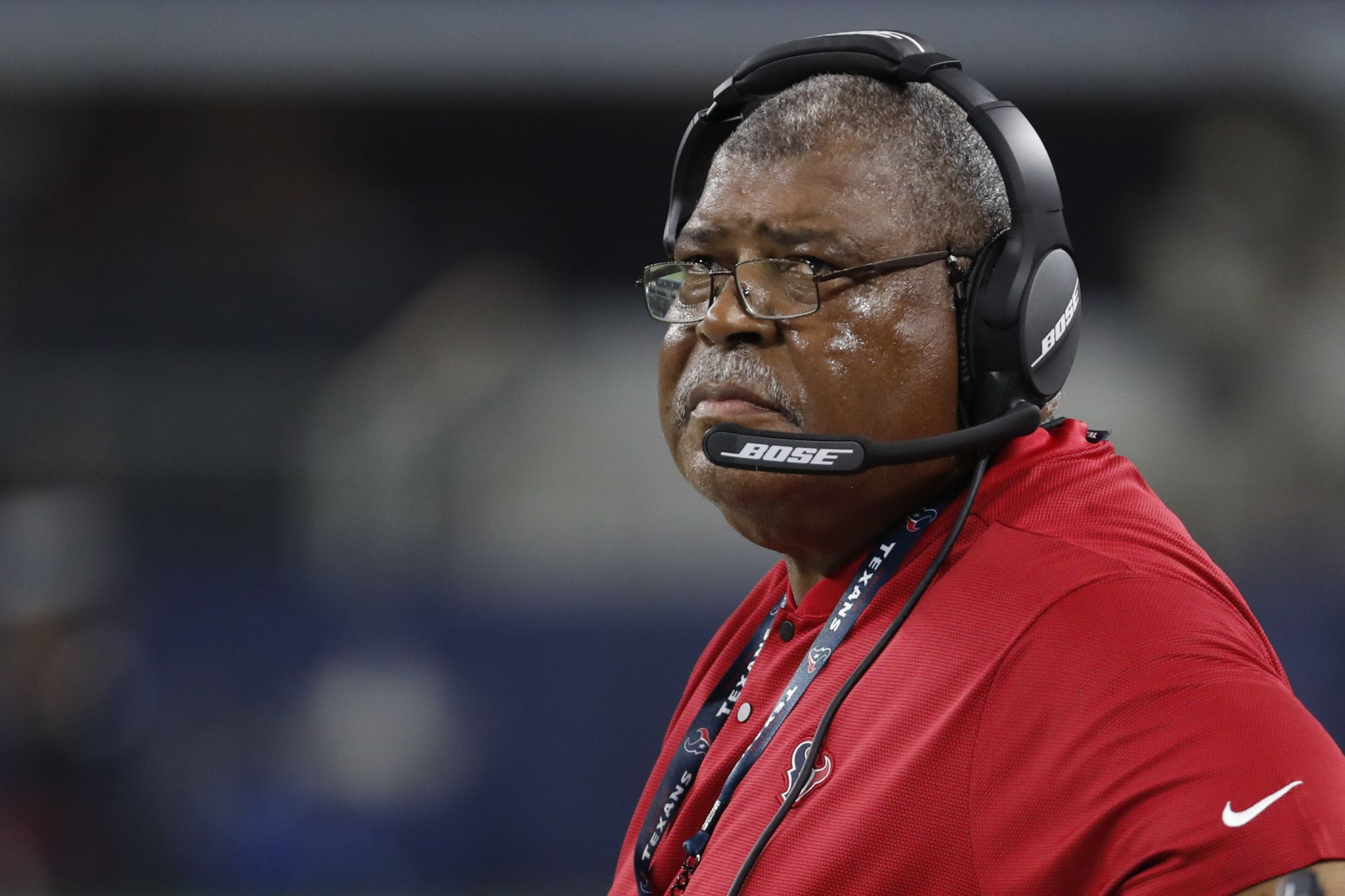 McClain: Defense, Crennel take the heat for Texans' late lapse