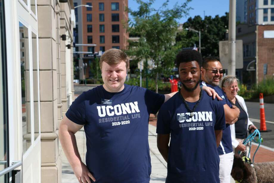 Move-in days at UConn, Stamford took place August 24-25, 2019. Students  returned to campus for the 2019-20 school year with dorm essentials  on-hand. Were you SEEN moving in? Photo: Mike MacLauchlan