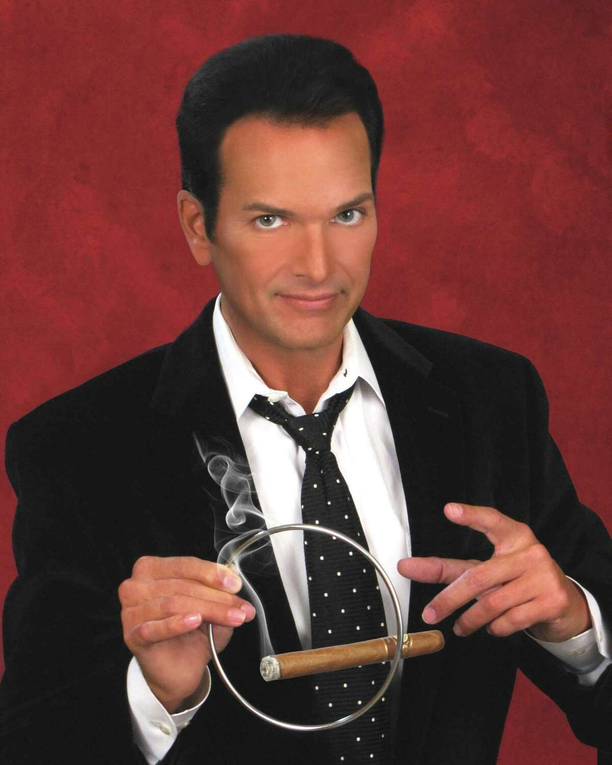 Houston magician Paul Driscoll is one of several magicians who will perform and lecture at the Texas Association of Magicians 2019 Convention, which runs Aug. 30- Sept. 2, 2019 in San Antonio.