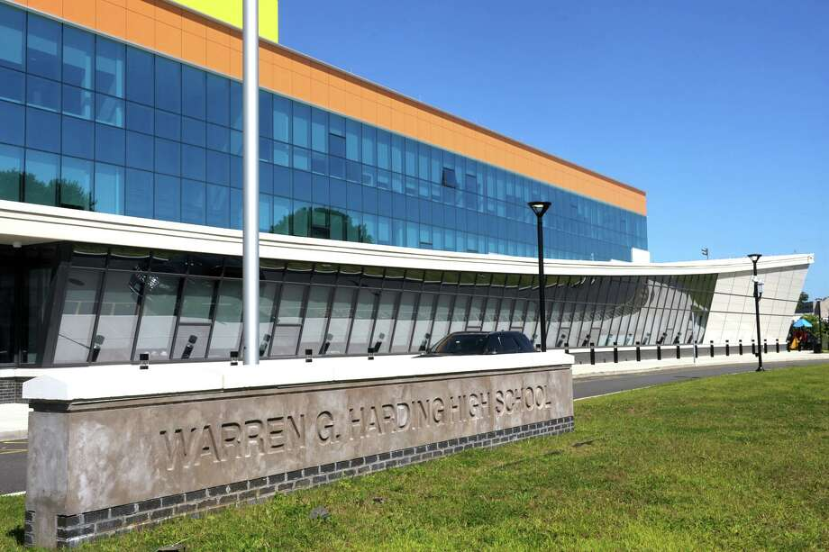 Exterior, Harding High School, in Bridgeport, Conn. Photo: Ned Gerard / Hearst Connecticut Media / Connecticut Post