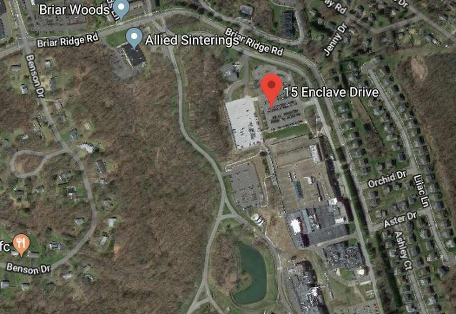 15 Enclave Dr Unit 15Toll CT 3 LP to Laurence and Ellen Kramer $666,325 Photo: Google Maps