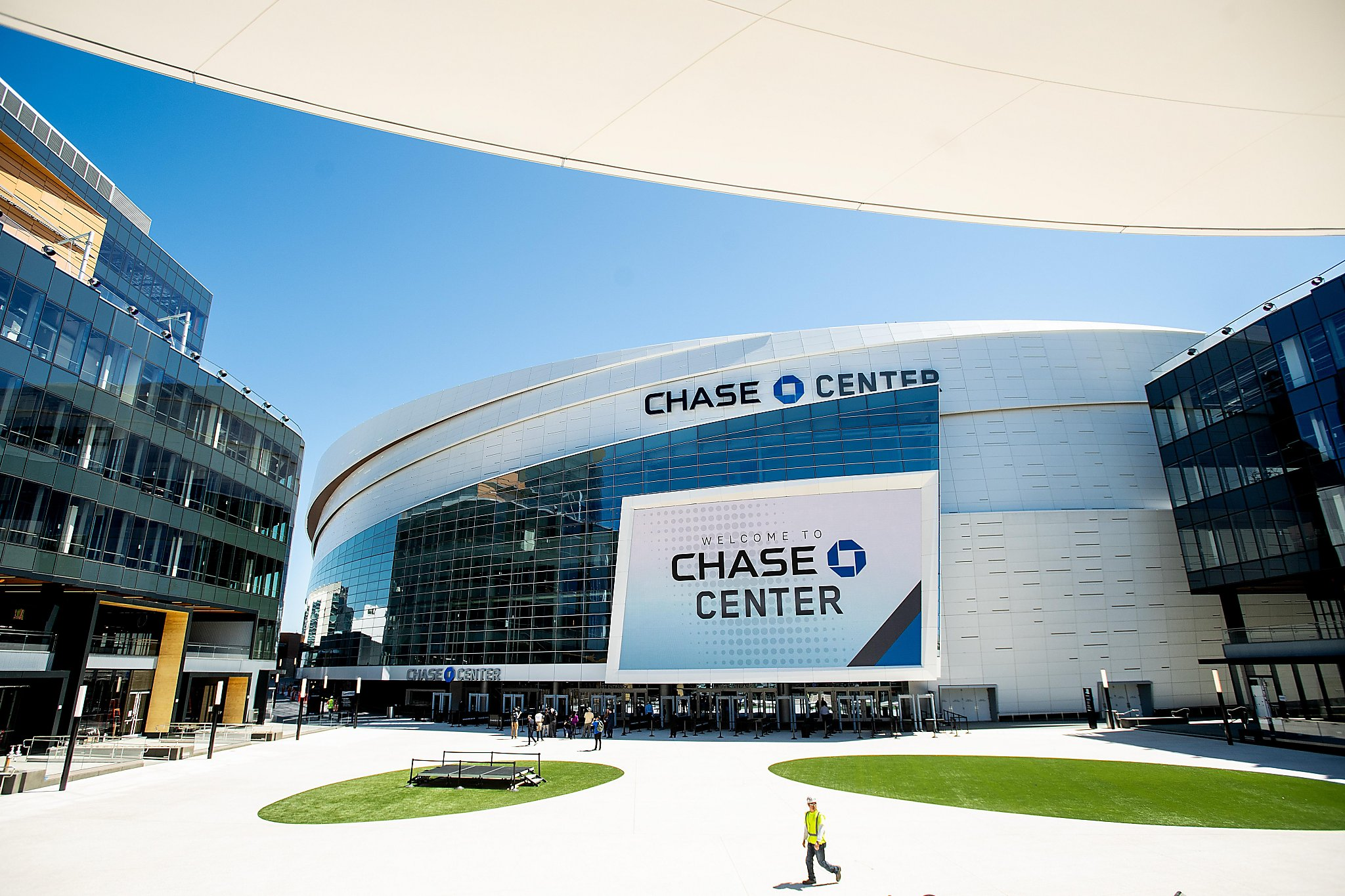 Chase Center has moment in media spotlight, mammoth scoreboard and all