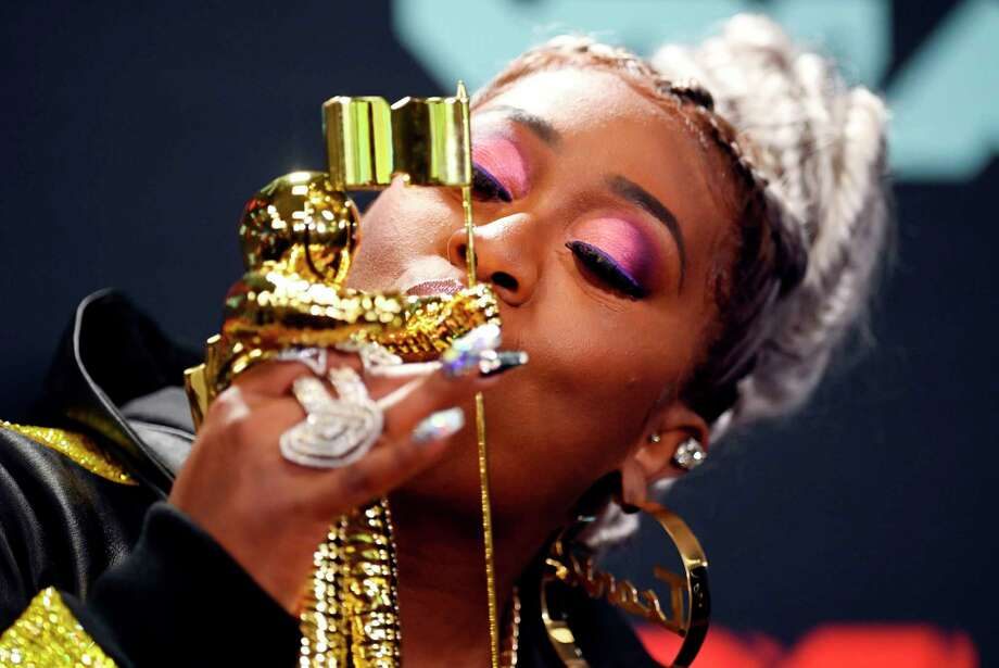 US rapper Missy Elliott poses in the press room with 'The Video Vanguard Award' during the 2019 MTV Video Music Awards at the Prudential Center in Newark, New Jersey on August 26, 2019. (Photo by Johannes EISELE / AFP)JOHANNES EISELE/AFP/Getty Images Photo: JOHANNES EISELE, Contributor / AFP/Getty Images / AFP or licensors