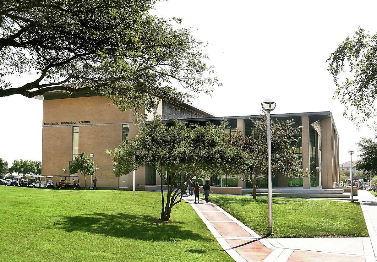 TAMIU's Academic Innovation Center is set for the 2019-20 academic year.