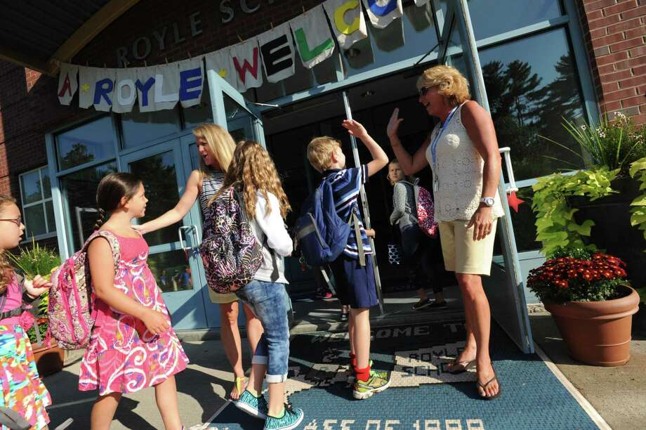 Students are heading back to school in Darien on Thursday. Photo: Laureen Vellante