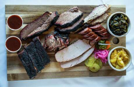 A platter of barbecue at Buck's Barbeque Co. in Galveston, Thursday, Aug. 22, 2019.