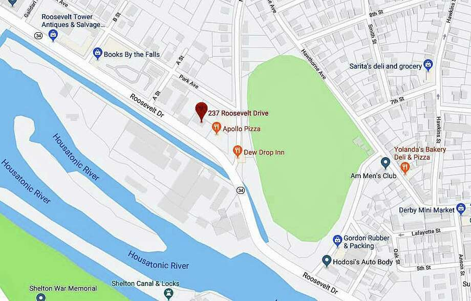 Regional Water Authority crews are repairing a leak in a 6-inch water main on on Roosevelt Drive (Route 34) on Tuesday, Aug. 27, 2019. The break is located in front of 237 Roosevelt Drive, the area near Apollo Pizza and the Dew Drop Inn. Photo: Google Maps