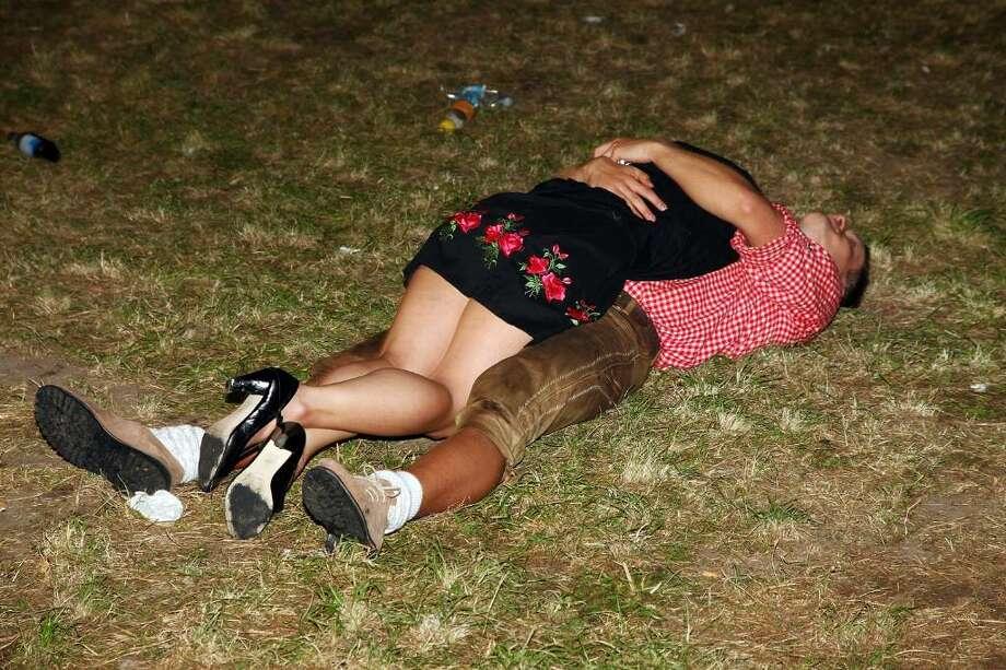 Картинки про пьяных подруг, после тренировки
