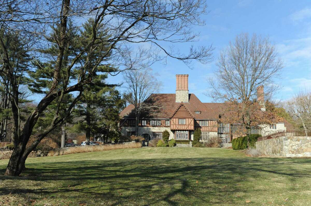 The property at 124 Old Mill Rd. in Greenwich in 2015 15,862 sq. ft. house on 75.7 acres was formerly owned by movie star Mel Gibson. A proposal to build 28 condos on the property has been withdrawn and the lot is for sale once again.