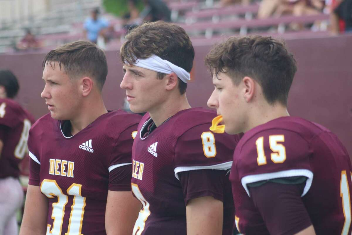 Deer Park's stable of quarterbacks will be attempting to keep the good times going. The passing attack ranked third in 21-6A last year, better than two of the playoff teams. Overall, the offense averaged almost 350 yards.