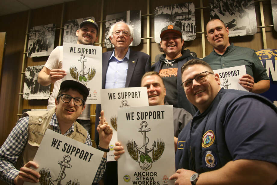 Presidential candidate Bernie Sanders (D - VT) poses with unionized workers from Anchor Brewing Company in San Francisco, Calif. on Friday, August 23, 2019. Photo: Photo By Roy SanFilippo / Courtesy ILWU