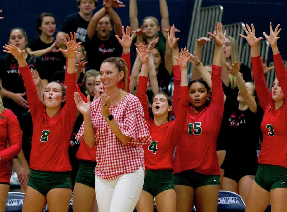 The Woodlands players react after a block in the first set of a non-district high school volleyball match at Concordia Lutheran High School, Tuesday, Aug. 27, 2019, in Tomball. Photo: Jason Fochtman, Houston Chronicle / Staff Photographer / Houston Chronicle